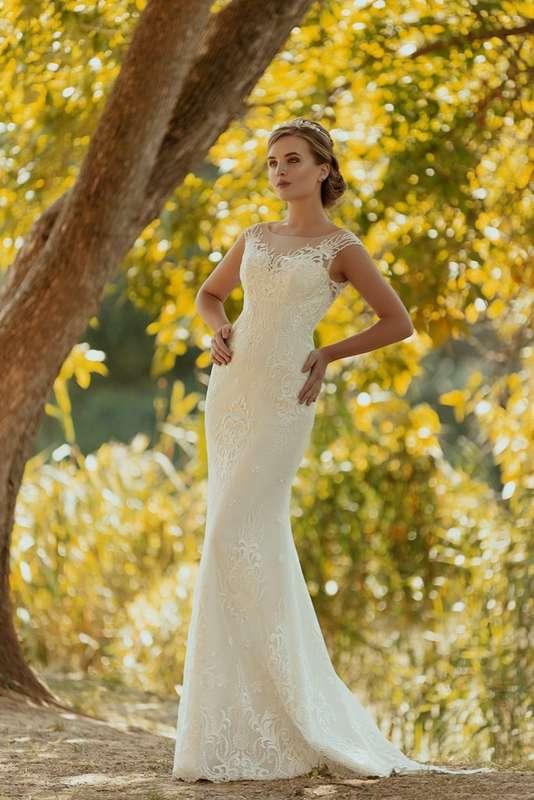 """Фото 17204892 в коллекции Свадебные платья Irina Lux коллекция 2018 года  - Сеть свадебных салонов - """"Лоранж"""" и """"Шанталь"""""""