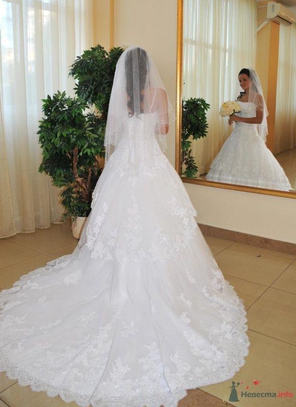 Фото 48604 в коллекции Продаю свадебное платье от BENJAMIN ROBERTS  907(белое)
