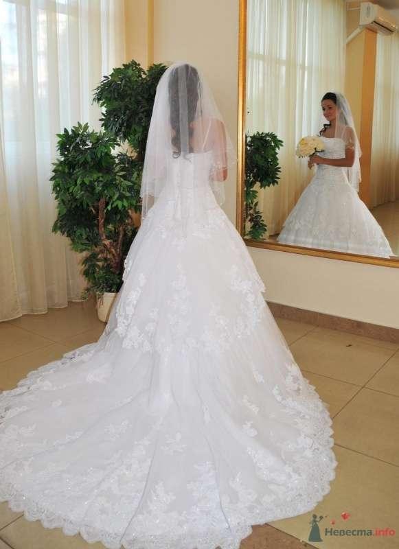 Фото 48604 в коллекции Продаю свадебное платье от BENJAMIN ROBERTS  907(белое) - Alsy