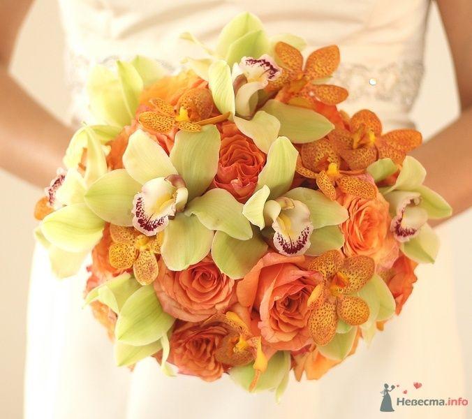 Букет невесты из оранжевых роз, оранжевых и зеленых орхидей  - фото 64906 trashprincess