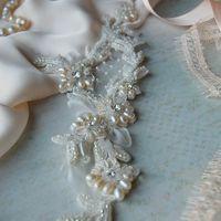 Вышивка на кружеве речным жемчугом, кристаллами swarovski , японским бисером и французскими паетками от Марии Евсеенко