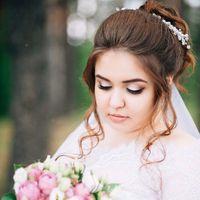 Свадебные макияж и прическа. Запись по контактам, указанным в описании группы