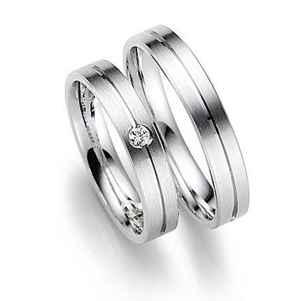 Обручальное кольцо с бриллиантом W0054
