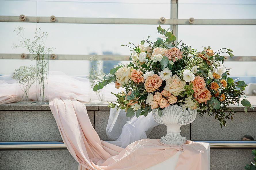 Фото 17397314 в коллекции Свадьба Ксении и Юрия на крыше отеля - Flower jewelry - студия оформления