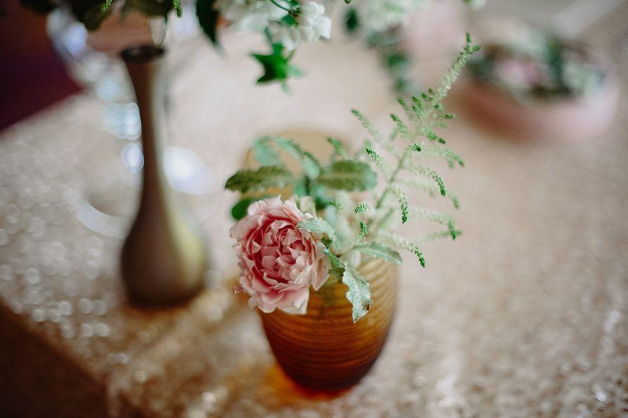 Фото 17397320 в коллекции Свадьба Ксении и Юрия на крыше отеля - Flower jewelry - студия оформления