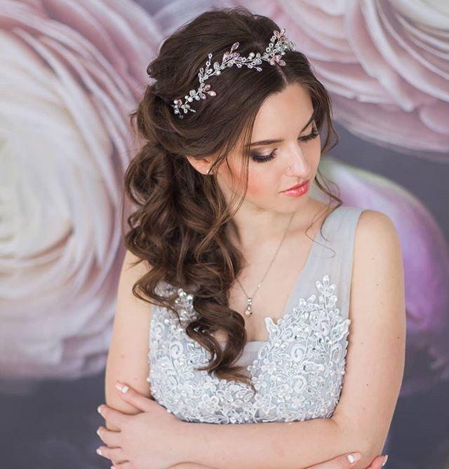 Свадебный веночек с розовыми акцентами 1750 руб. - фото 17549070 Екатерина Захарова - украшения для волос