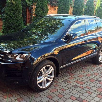265 Внедорожник Volkswagen Touareg NEW чёрный в аренду