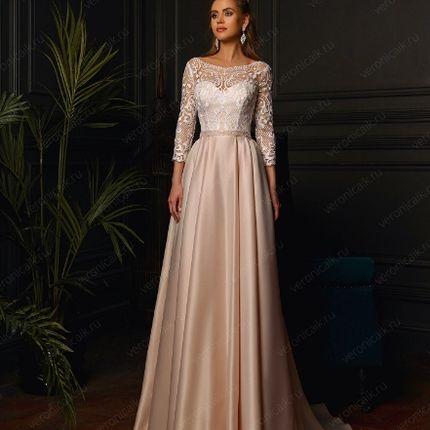 Розовое платье 48 р-р