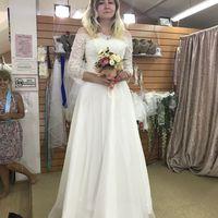 Вот такое платье я купила, но оно на этом фото еще не подшито и без пояса.