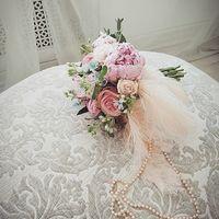 Букет невесты в стиле Марии Антуанетты
