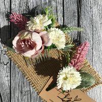 Гребень с цветами и бутоньерка