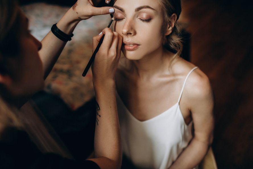 Фото 19458384 в коллекции Петербургская неоклассика - Визажист-стилист Александра Артемова