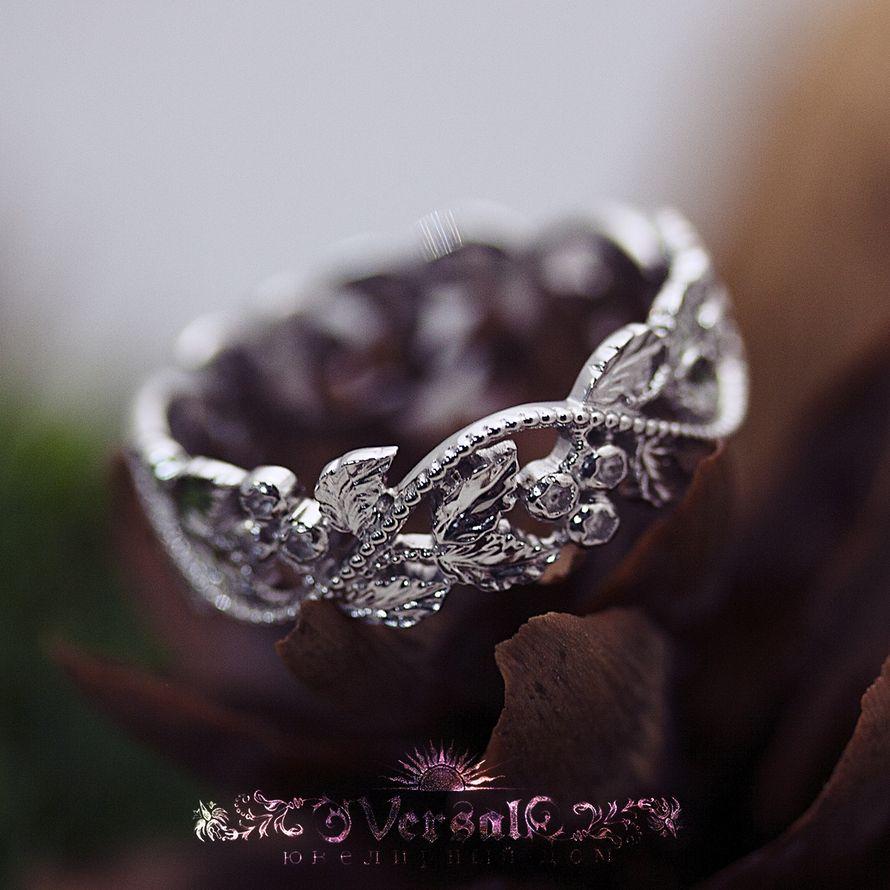 Парные обручальные кольца - для нее