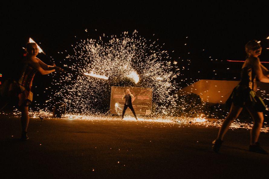 Фото 18525924 в коллекции Огненное шоу - Chameleon Show Group - шоу-программа