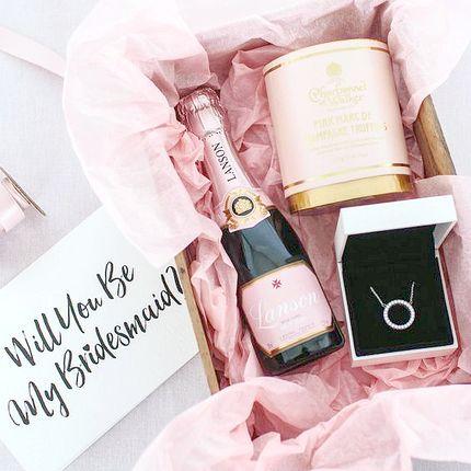 Коробочка для подружки невесты