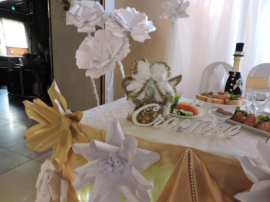 Фото 18595508 в коллекции Декор свадебного зала объемными цветами - AриКэт - оформление мероприятий