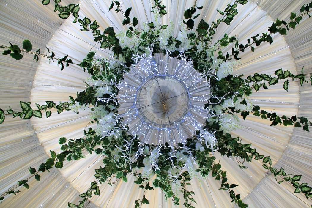 """Фото 19779605 в коллекции Портфолио - Бюро флористики и декора """"Лист"""""""