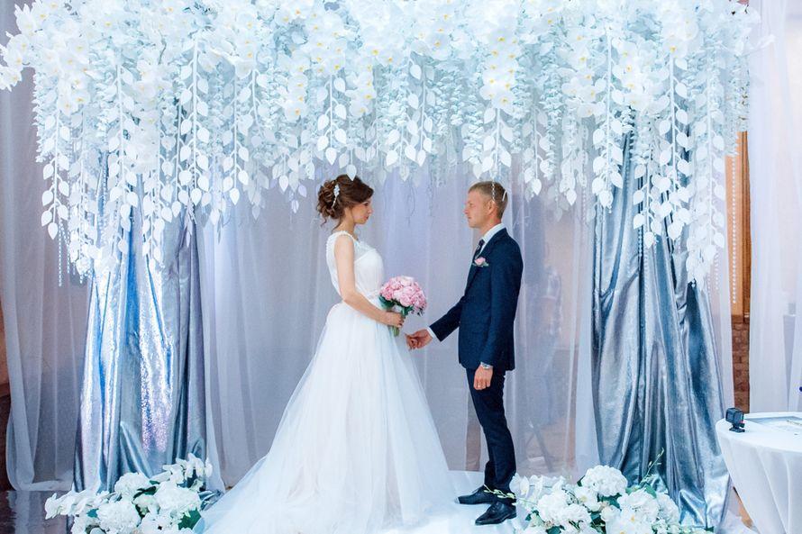 Проведение свадьбы + диджей + аппаратура + оборудование, 6 часов