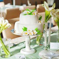 Торт безусловно был в цветочной тематике свадьбы