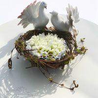 Цветочное гнездышко для колец голуби