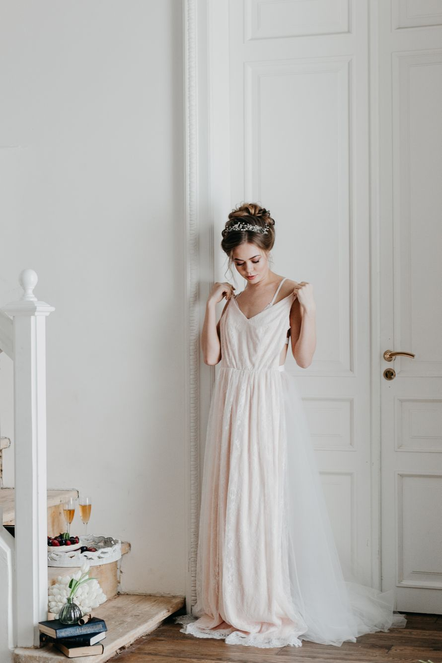 Фотостудия с арендой свадебных платьев
