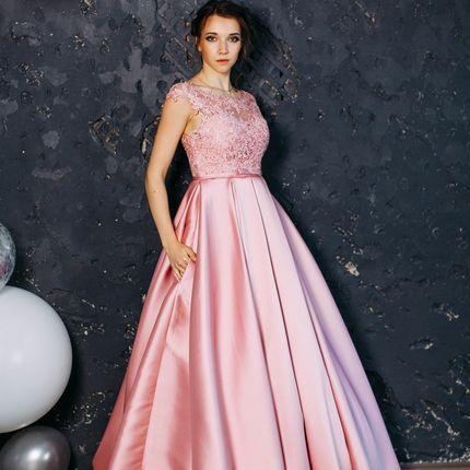 Вечернее платье в ткани микадо