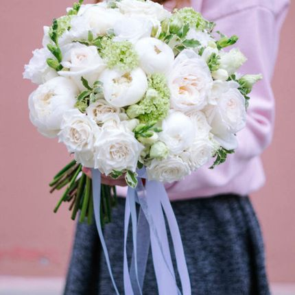 Букет невесты в классическом стиле