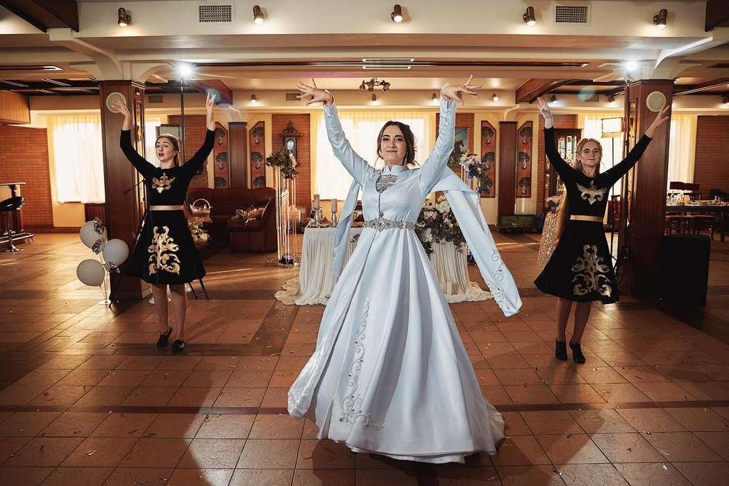 """Фото 19149730 в коллекции Выступления - Ансамбль лезгинки и кавказских танцев """"Нур"""""""