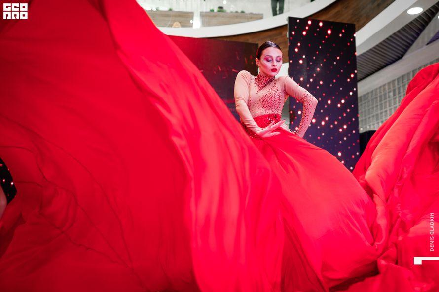Танцевальный Номер Red Diva