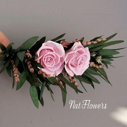Веточка в причёску невесты с натуральными невянущими цветами