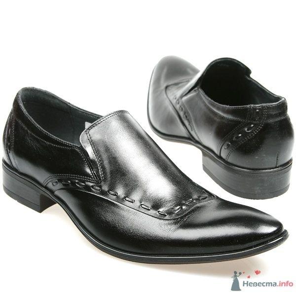 Мужские черные модельные  кожаные туфли с острым носком - фото 66882 Kwinto-shoes - cвадебная обувь