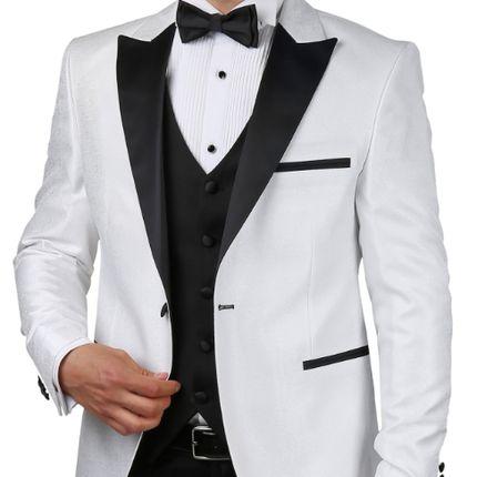 Белый костюм Сильвио