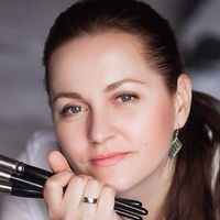 Визажист Angelie Blazinski