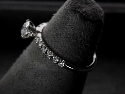 Кольцо помолвочное с бриллиантами
